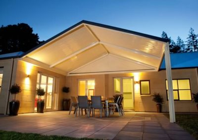 stratco-colorbond-awning